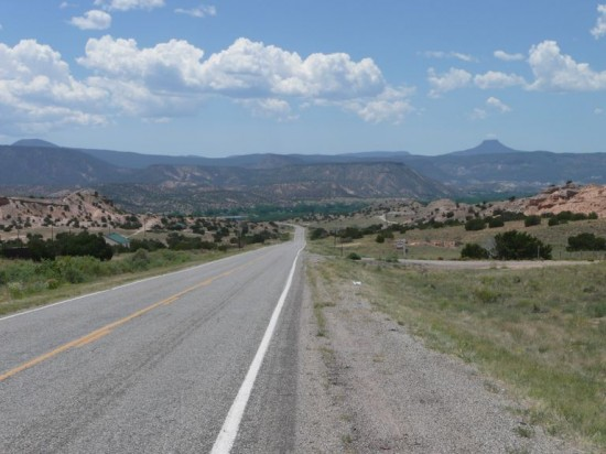 Entering New Mexico - the road from El Rito to Abiquiu